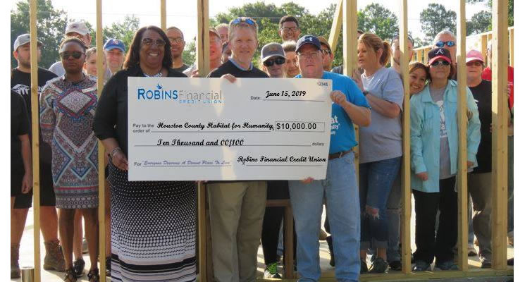 Robins FCU Donation